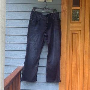 EUC Lucky Jeans